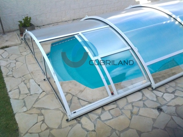 cubierta baja telescópica puerta lateral cubriland
