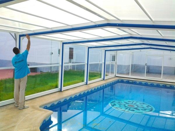 Cubiertas de piscinas altas cubriland for Piscinas de plastico para jardin