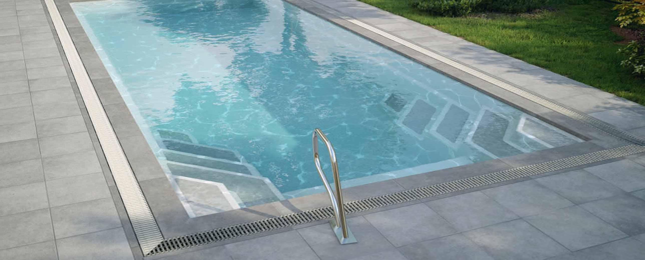 Instalaci n de piscinas de poli ster cubriland for Piscina poliester