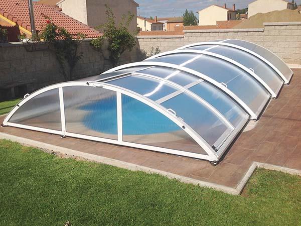 cubiertas de piscinas bajas semicirculares