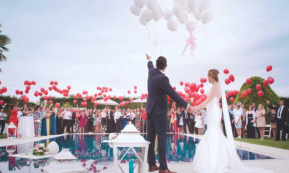 consejos para decorar bodas en piscinas