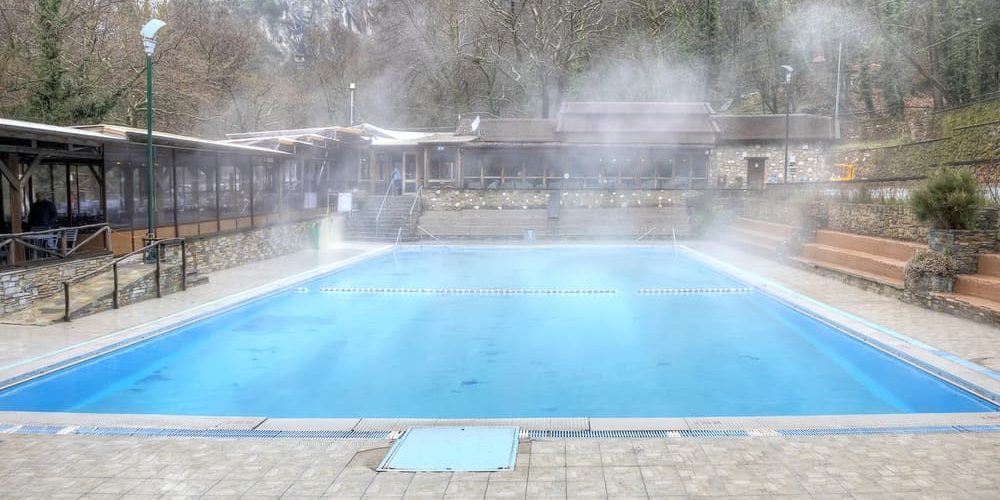 Calcula de la evaporaci n del agua en piscinas cubriland for Piscina que pierde agua
