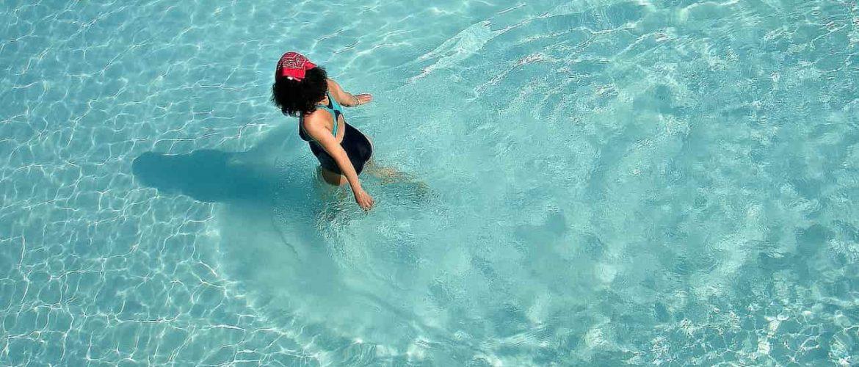 Ventajas de una piscina de agua salada cubriland - Piscinas de agua salada ...