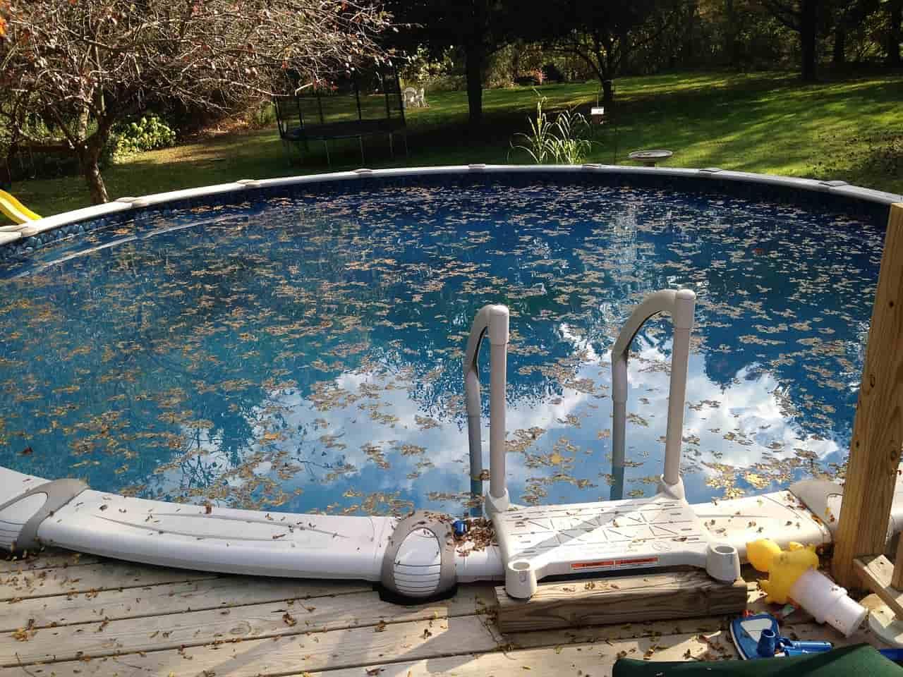 Qu productos para piscinas son m s necesarios cubriland for Productos sika para piscinas