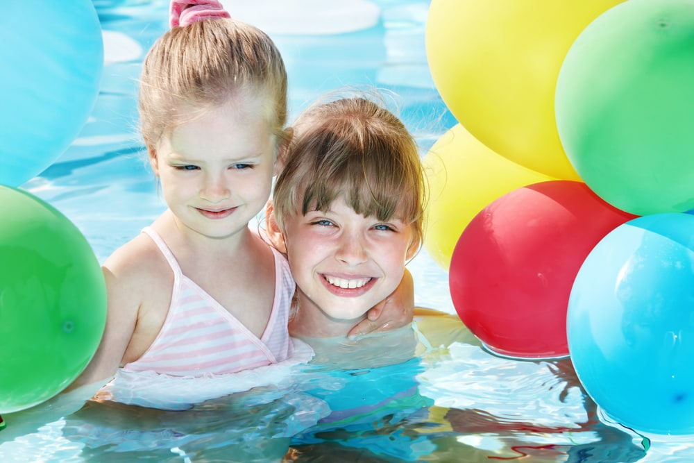cumpleaños piscina