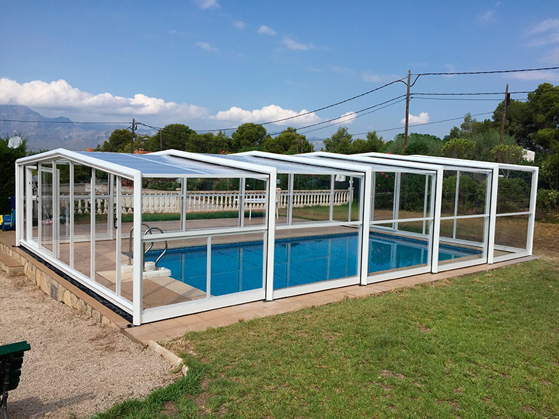 Cubiertas de piscinas y cerramientos modelos 2018 for Piscinas de madera baratas