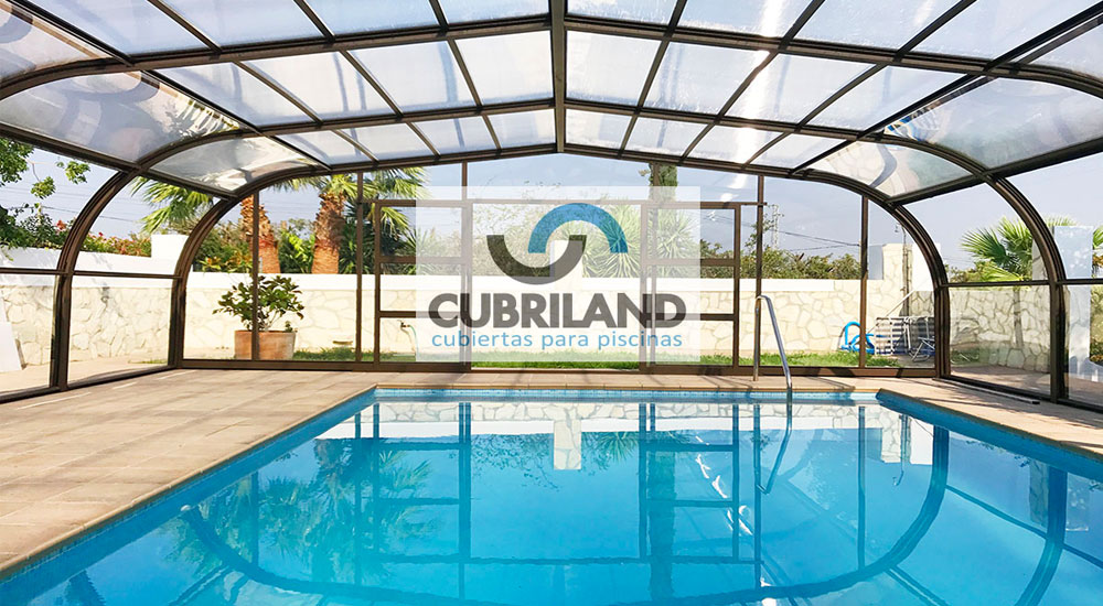 Cubiertas para piscinas en asturias con cubriland acertar s for Piscinas asturias