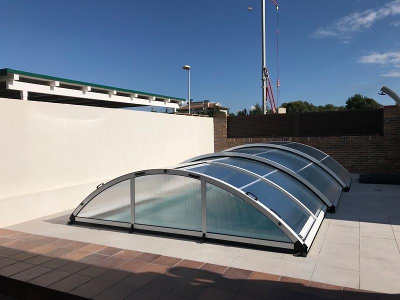 cubierta-telescopica-san-marino-piscina