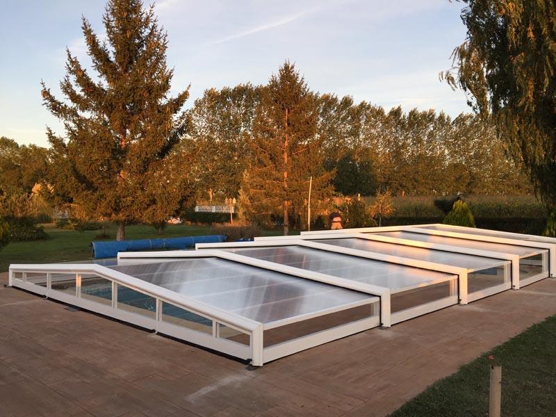 cubiertas con varias alturas para tu piscina