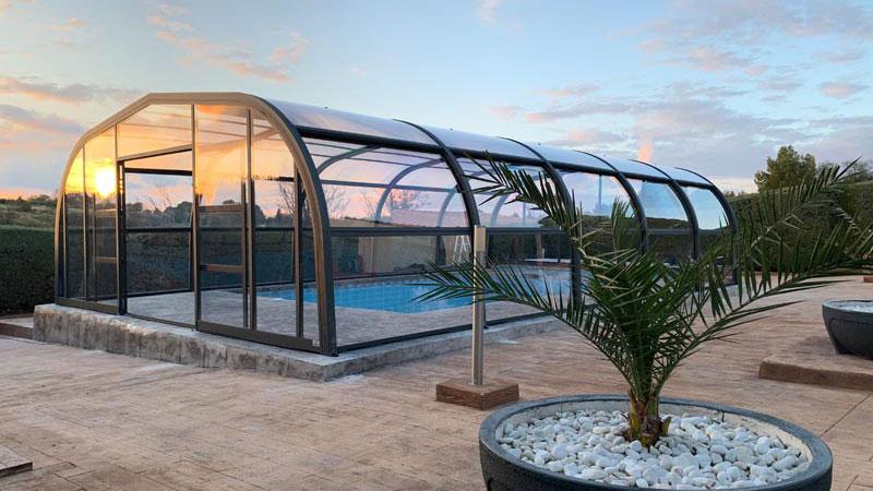 cubiertas altas de piscina puertas elevables