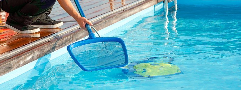 limpieza de agua de piscina