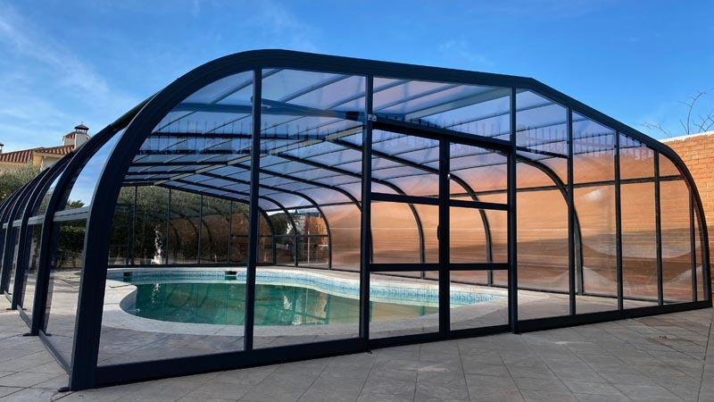 estructuras-altas-piscina-cubierta.jpg