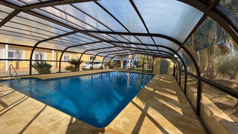 piscinas-casa-coberturas-elevables.jpg
