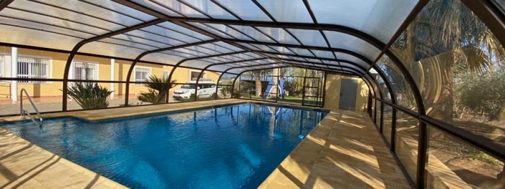 cubre tu piscina de casa con estas coberturas